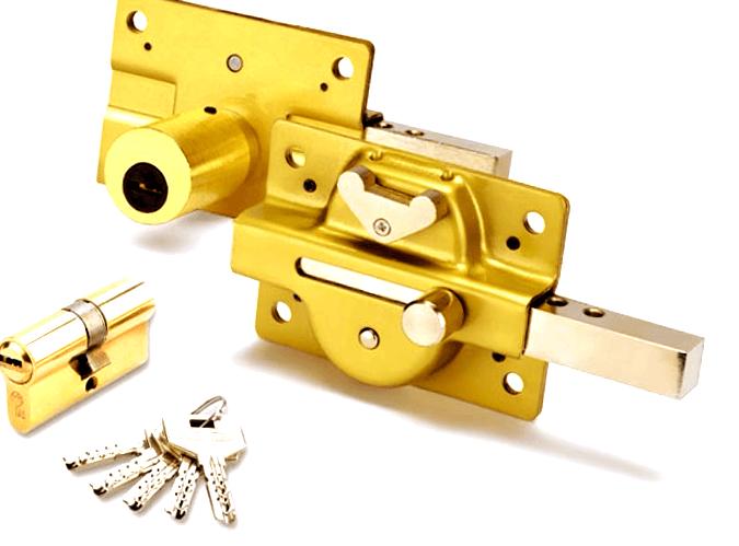 cerrajeros valencia instala cerrojos acorazados
